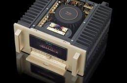 Accuphase_A-200.JPG