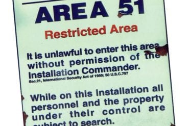 Area 51: Die Herzlosigkeit der Perfektion. Area 51: Die Herzlosigkeit der Perfektion