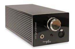 Universal soldier….. EternalArts bringt mit dem Twin Type Professional den anspruchsvollsten Kopfhörerverstärker gleichermaßen für Profis und Audiophile auf den Markt