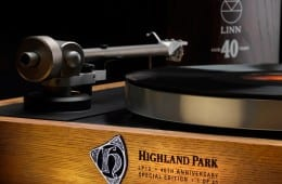 Linn_HighlandPark_Spec_40th_Ed_Sondek_LP12_close-up_web-res_01.jpg
