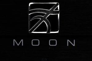 Moon_Neo_260D_9.jpg