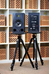 ADAM A7X - Ein kompakter, HiFi-tauglicher Studiomonitor zum Schlagerpreis – der ADAM A7X zeigt, wie es geht