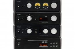 TEAC-Reference-501-series-group-shot.jpg