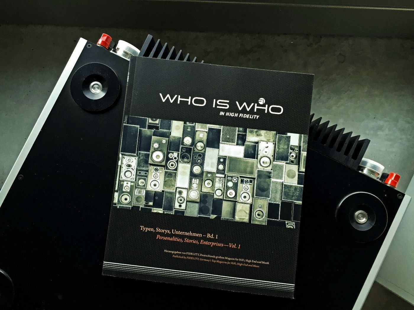 Who_is_Who