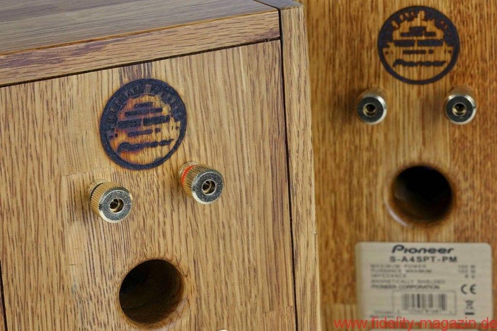 Pioneer S-4SPT-PM - Die Gehäuse sind nicht nur bildhübsch – Schall- und Rückwand sind auf Nut und Feder gearbeitet