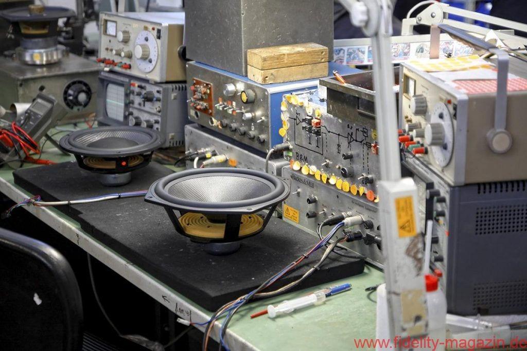 Backes & Müller BM Line 20 - Jeder einzelne Treiber durchläuft bei Backes & Müller strenge Messprozeduren – und wird akribisch modifiziert