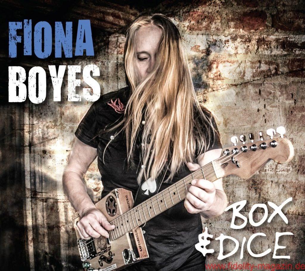 Fiona Boyes – Box & Dice