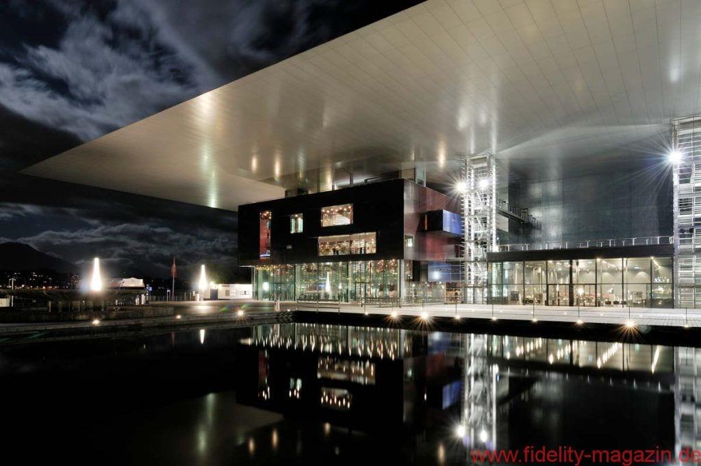 FIDELITY zu Gast bei ... Vovox - KKL Luzern aussen - Copyright_Fotograf-Ivan Suta