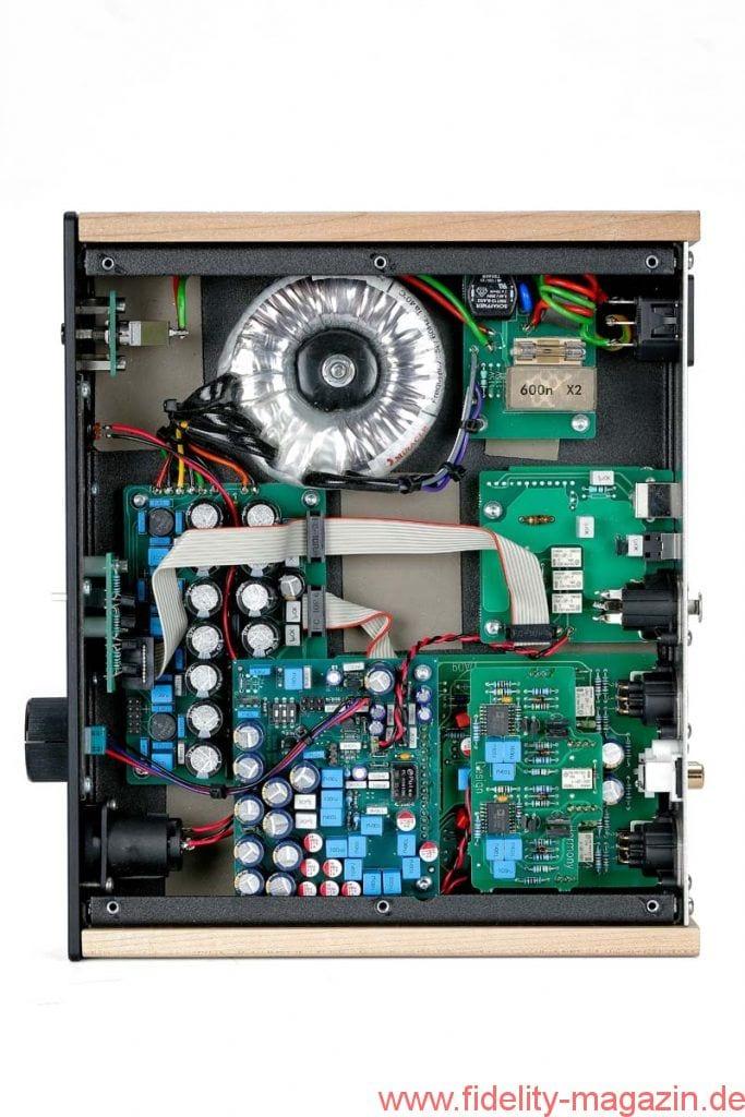Harmony Design Vor- Endverstärker D90 A90