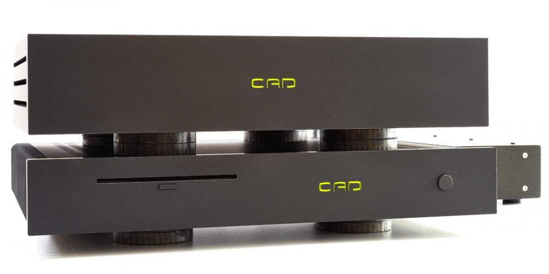 CAD Server-Streamer-Sourceplayer und Wandler CAD 1543 DAC MKII und CAT (CAD Audio Transport) - Handgebaut und einzigartig: Der als NOS-DAC-Konzept arbeitende USB-Wandler CAD 1543 DAC mit dem Musikrechner CAT (CAD Audio Transport).