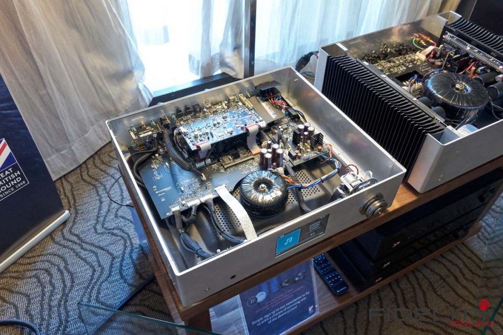 Cambridge Audio Edge Vor- Endverstärker Prototypen auf dem Rocky Mountain Audio Fest 2017