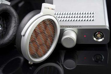 Warwick Acoustics Sonoma M1 - Zum M1-System gehört zwingend der Hochspannungsverstärker, der alle Signale im DSP entzerrt und linearisiert. Gleichzeitig ist er auch als USB-Interface mit 32-bit/384-kHz-Maximalauflösung einsetzbar.