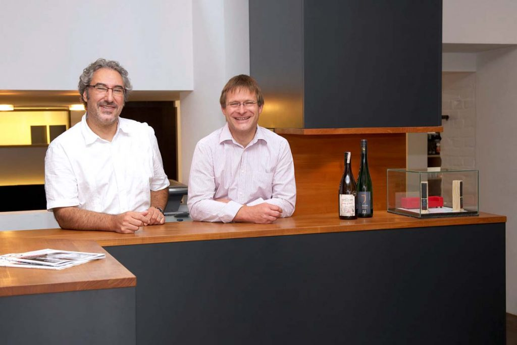 Die Steiner Box, Erlangen und Nürnberg Team