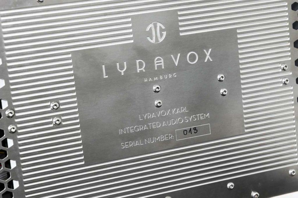 Lyravox Karl All-In-One Komplettanlage Typenschild