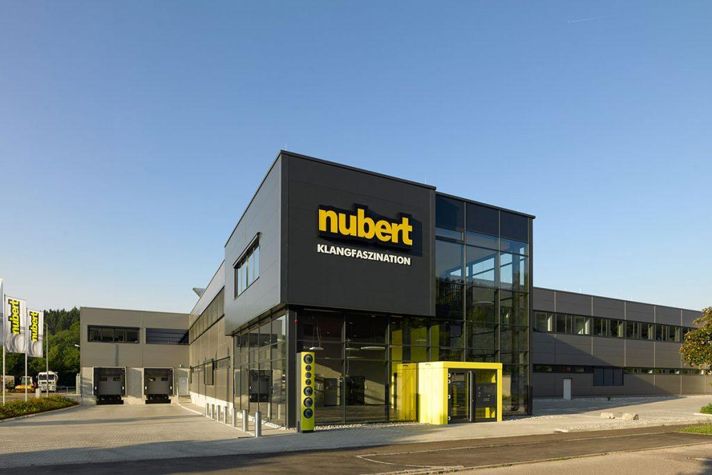 Nubert nuControl 2 und noPower A