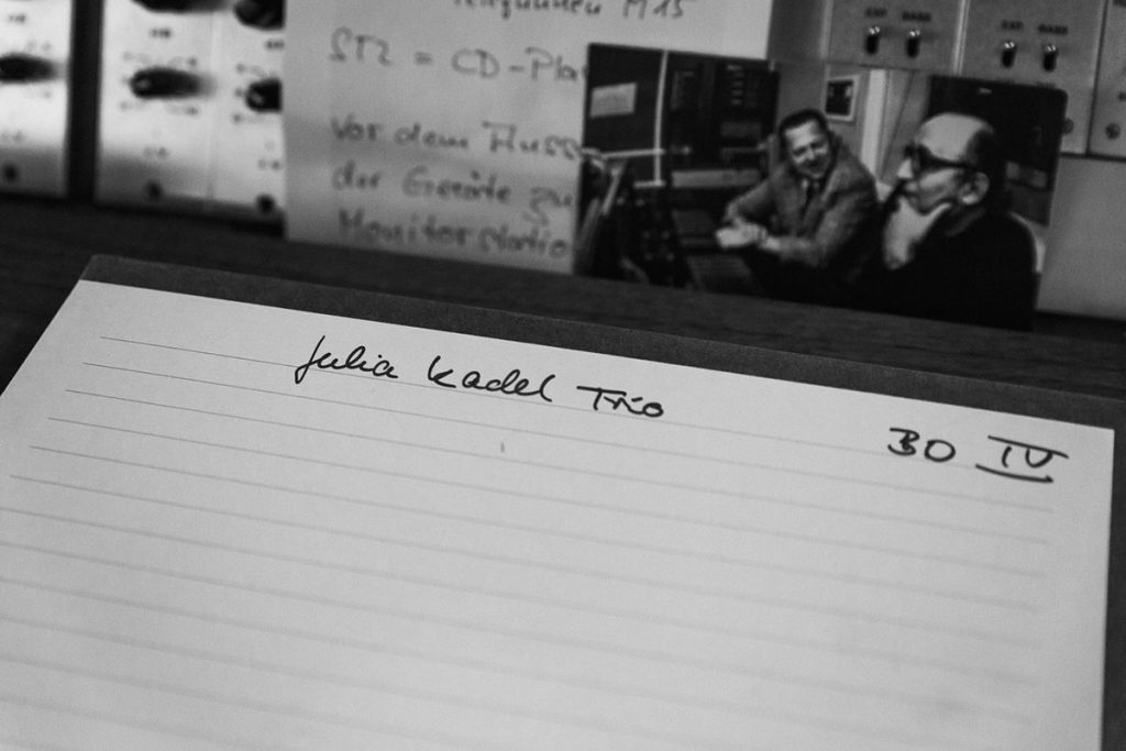 Interview Julia Kadel Trio