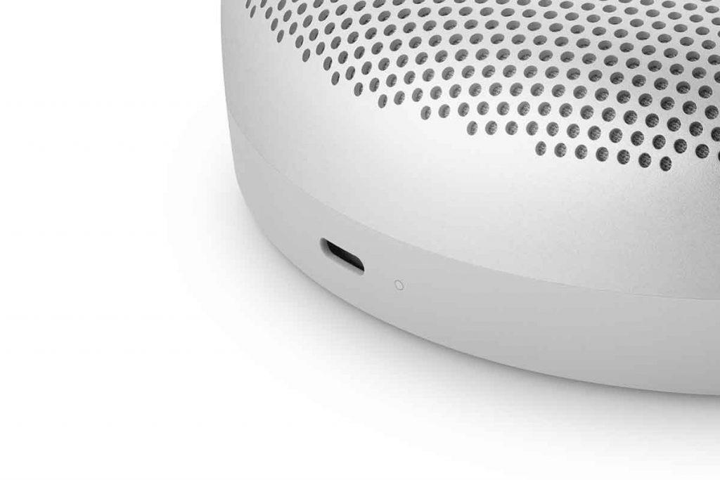 Bang & Olufsen Beosound- A1 Bluetooth-Lautsprecher