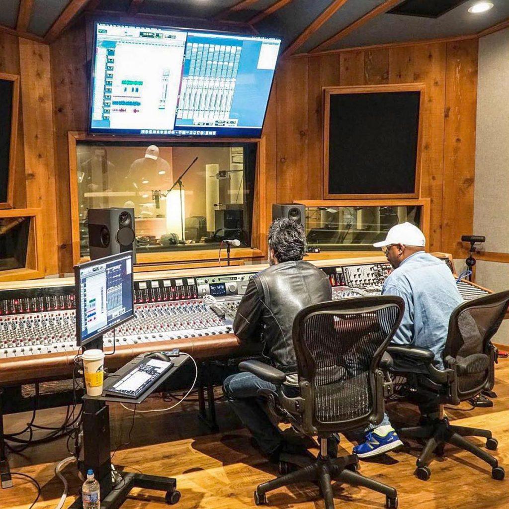 Kii Audio, Kii Three plus BXT Kunden