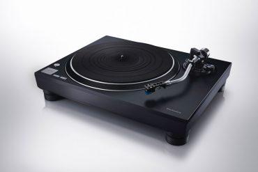 Technics SL-100C Plattenspieler