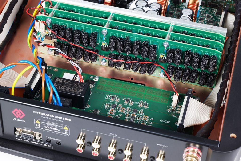 Aavik-I-580-Integrated-Amplifier-05