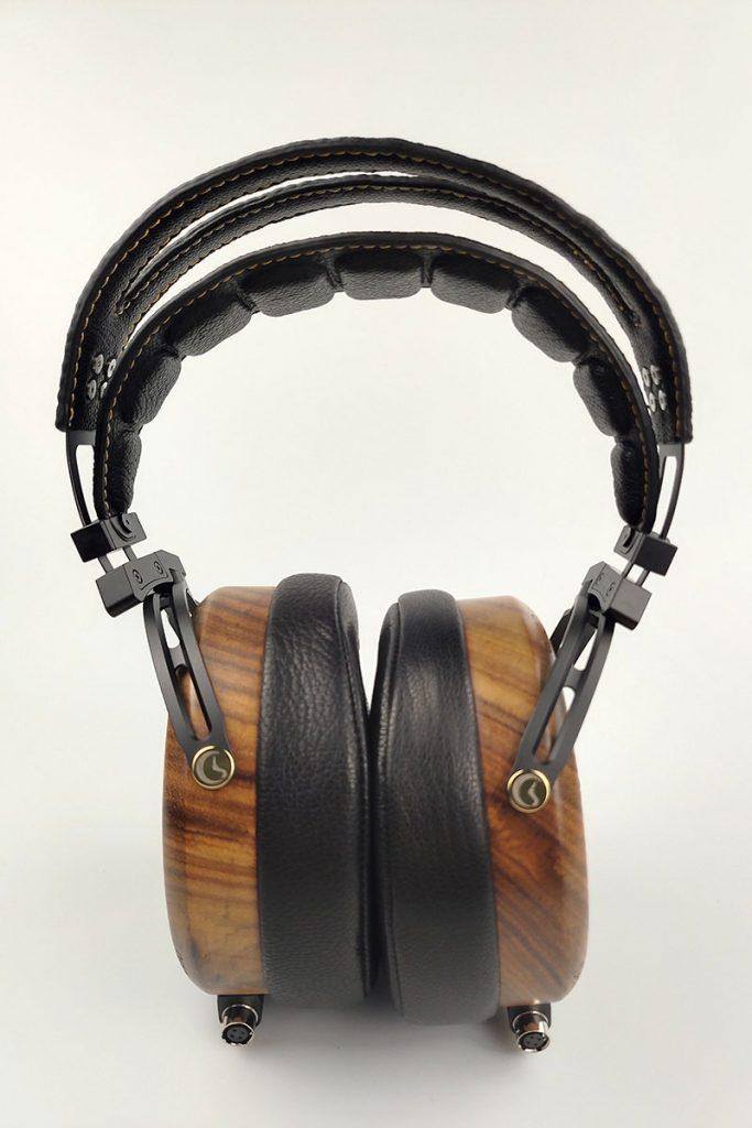 Peacock Sendy Audio Headphone