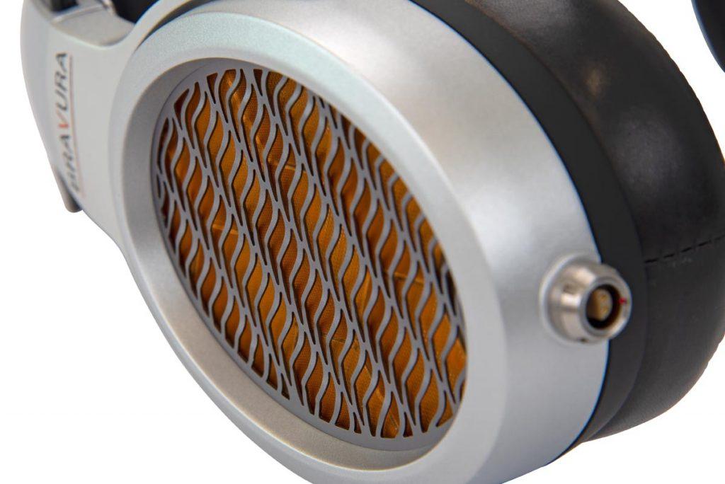 Warwick Acoustics Bravura