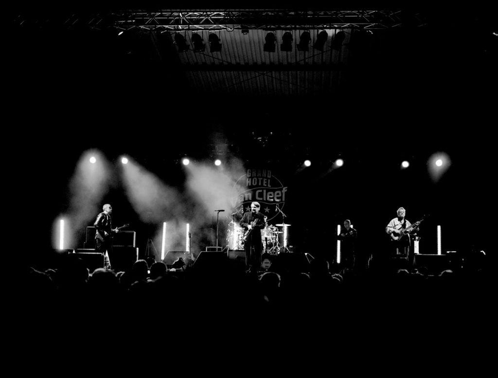 Sven Regener mit seiner Band Element of Crime, credit Ingo Pertramer