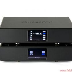 Alluxity Pre One / Power One - Neuzeitliches High-End-Feeling: Vor- und Endstufe werden per Touchscreen oder über das Hausnetz gesteuert