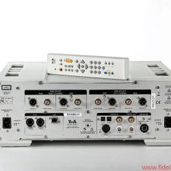 T+A PDP 3000 HV - Doppelspiel: separate DSD- und PCM-Züge, getrennte Netzversorgungen für Analog- und Digitalschaltkreise