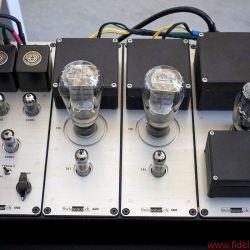 Swissonor AM 6441 - Vier Module im Gusschassis, links der Vorverstärker- Teil AM6