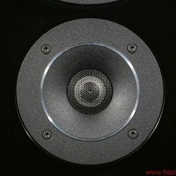 Canton Reference 7 K - Eine kleine Abdeckung vor der Hochtonkalotte bewirkt eine Linearisierung des Frequenzgangs