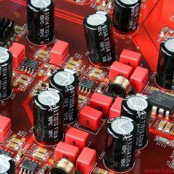 Soulution 541 + 530 - Materialschlachten allein machen noch keinen superben Klang: Soulution 541 mit Zero Phase Technology - Analoge Ausgangsstufen in Doppelmono-Aufbau: superbe Messwerte für grandios durchlässigen Klang