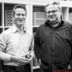 Audioquest Beetle - AudioQuest- Entwickler Steve Silberman und FIDELITY-Chefredakteur Cai Brockmann