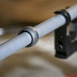 Thorens TP 92 OEM - Durch einen Ring wird das Alurohr gezielt bedämpft