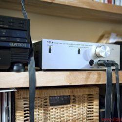 Stax SRM Monitor plus Sigma Pro - Kopfhörerverstärker/Entzerrer Stax SRM Monitor Premiere: 1988 Besonderheiten: schaltbare Diffusfeld-Entzerrung
