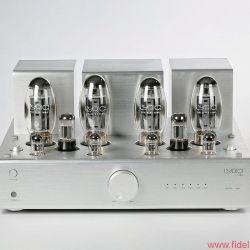 Lyric Audio Ti 140 Röhren-Vollverstärker - Schwere Jungs hinter Gittern: Die bauchigen KT150 sind die leistungsstärksten je gebauten Strahlenpentoden; das Quartett im Ti 140 liefert im Gegentaktbetrieb 70 Watt pro Kanal.