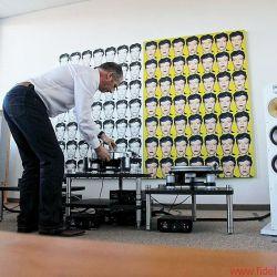 AVID zu Besuch bei FIDELITY zur Präsentation von Good - Better - Best. Im Bild: Conrad Mas ( in einer nicht ganz vorteilhafter Körperhaltung).