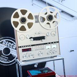 Ballfinger mit einer brandneuen Bandmaschine, einem beinahe revolutionärem Plattenspieler mit kombiniertem Dreh- Tangential-Tonarm und einem wunderschönen Vorverstärker - Norddeutsche HiFi Tage Hamburg 2017