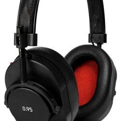 Leica und Master & Dynamic for 0.95, Over-Ear Kopfhörer