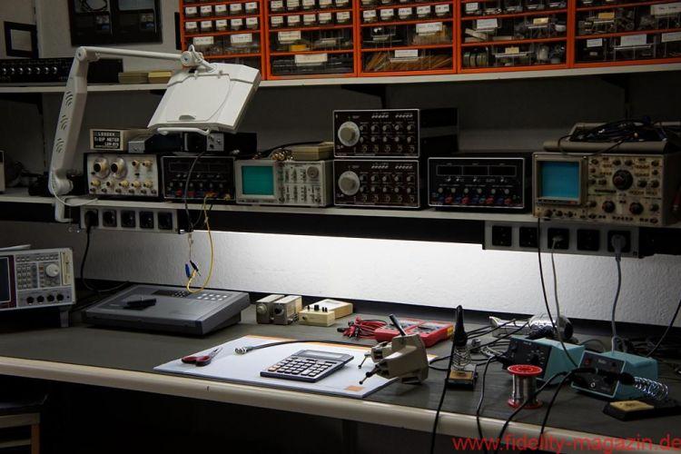 HMS Elektronik