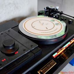 TIDAL La Assoluta in a picture-book bunker dream system - Nakamichi TX-1000 turntable in absolute mint condition.