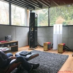 "TIDAL La Assoluta in a picture-book bunker dream system - Perfect listening position. Fabulous view. Mind-blowing sound … music as the elixir of life. It all started with the legendary Nakamichi Dragon – and whatever you do, don't call it a ""cassette recorder""!"