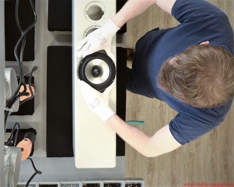 Endmontage in der INKLANG Lautsprecher Manufaktur