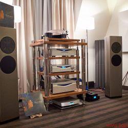 Audio Video Show Warschau 2018 by Helmut Hack