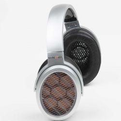 Warwick Acoustics Sonoma M1 - Der M1 ist ein Elektrostat mit neuartigen, einzigartigen sogenannten HPEL-Schallwandlern, die mit nur einem Stator auskommen.