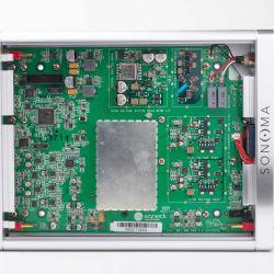 Warwick Acoustics Sonoma M1 - Das Innere des Verstärkers offenbart ein pieksauberes Platinenlayout.